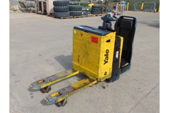 You are bidding on a Yale MP20X FBW 2000Kg Self Propelled