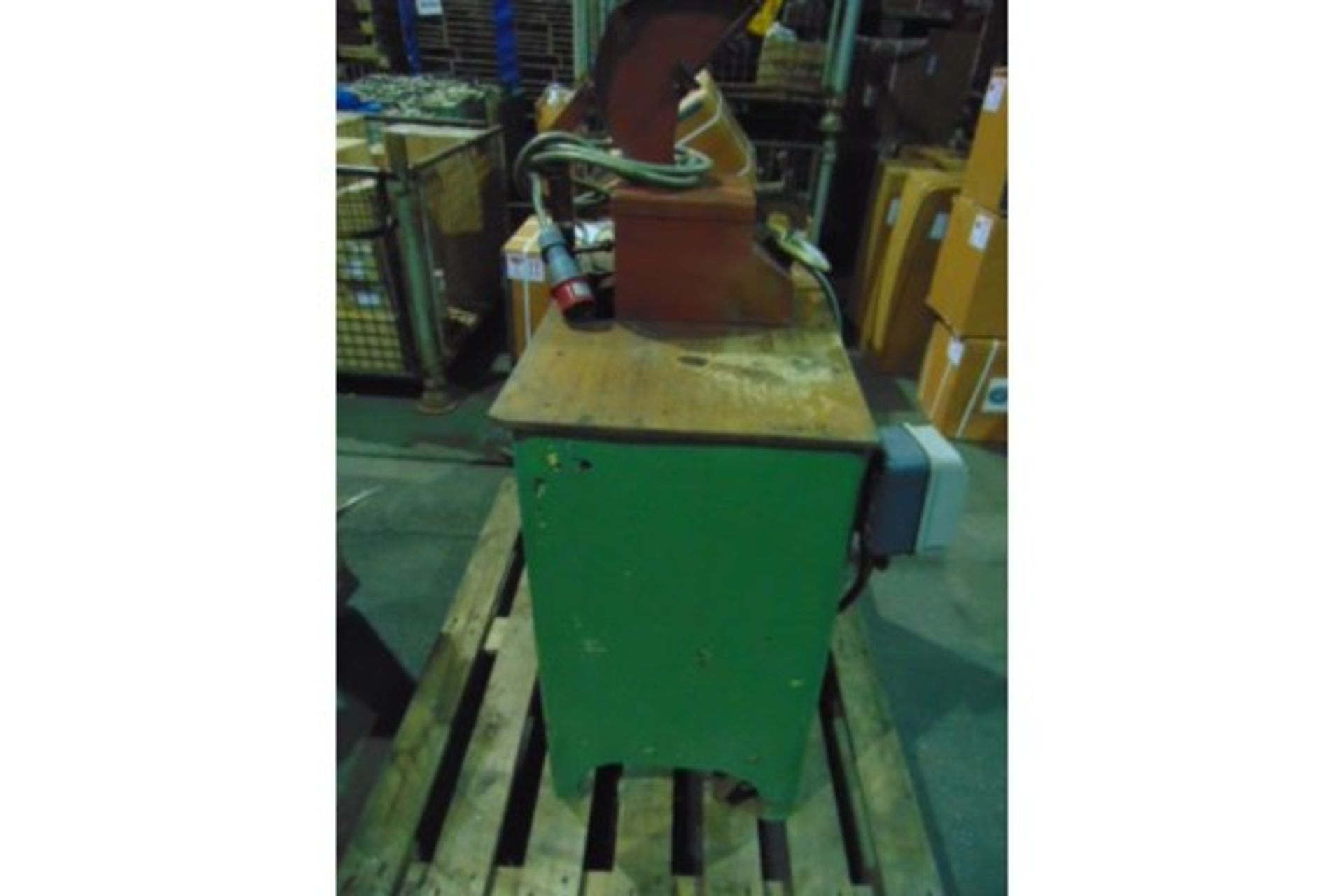 Lot 27204 - Field Coil Taping Machine