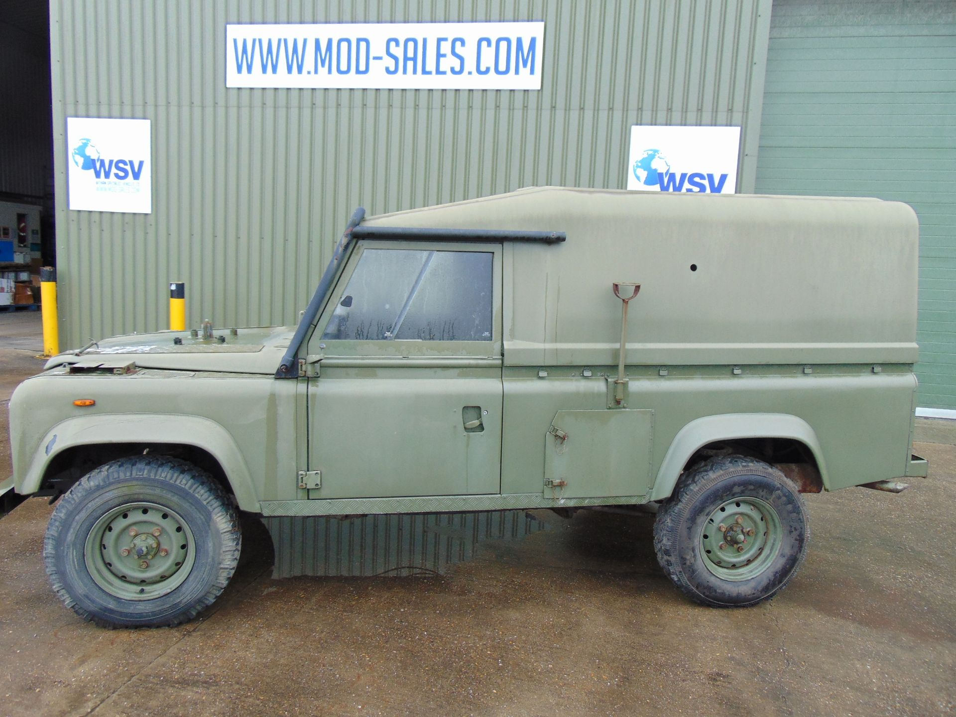 Lotto 26437 - Land Rover TITHONUS 110 Hard Top