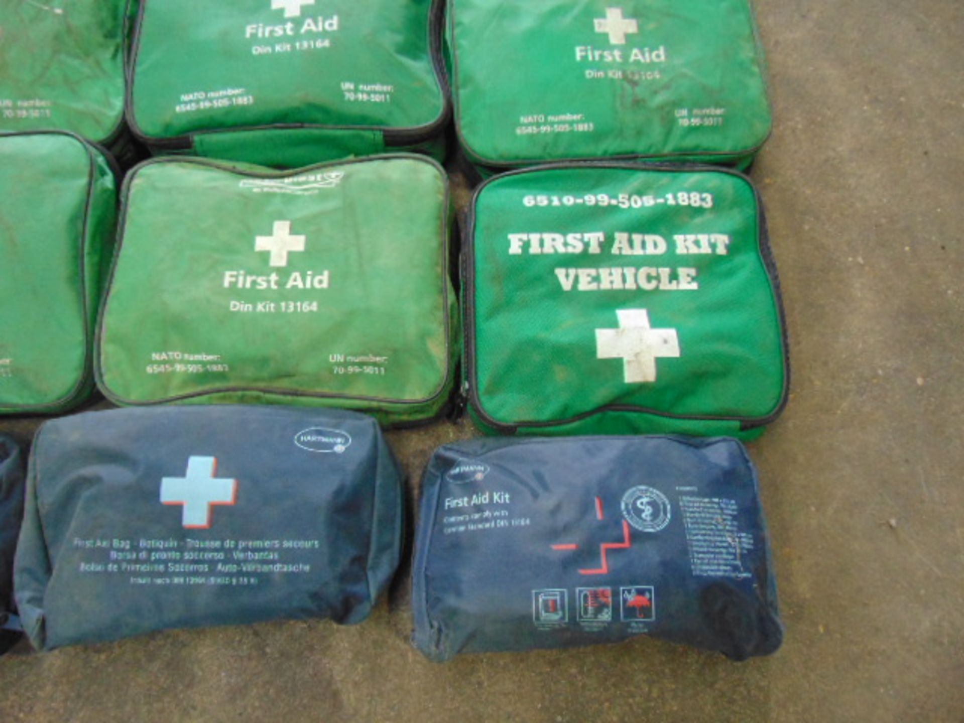 Lotto 26395 - 20 x Mixed First Aid Kits