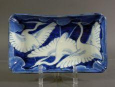 Federschale (China)rechteckige Form; Blaudekor mit Kraniche; 4 x 19,5 x 11 cm