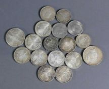 Konvolut Silbermünzen DM und Schilling; Kurswert 135,-- Euro und 5 Münzen US-Dollar, 5 Reichsmark;