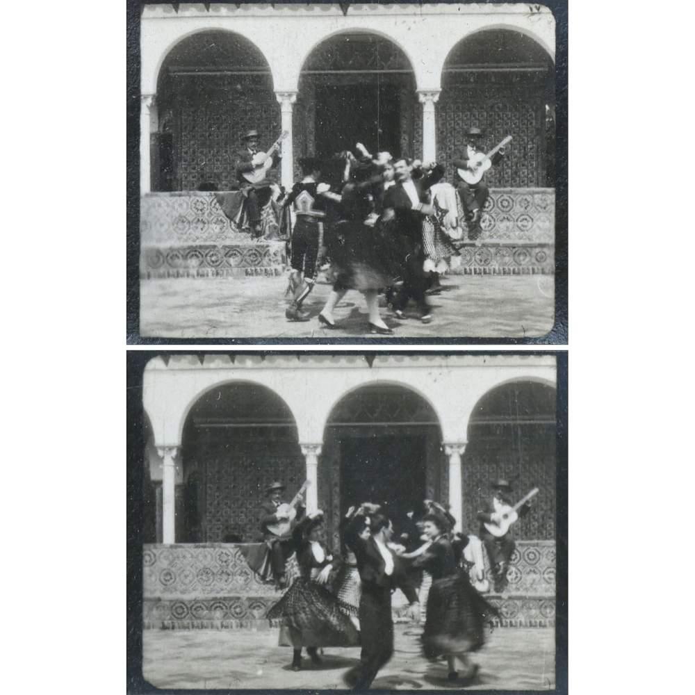 "Lot 638 - ""Kinora"" Casler-Lumière (No. 61), 1896 No. 61, rare Kinora Casler-Lumière built by Léon Gaumont &"