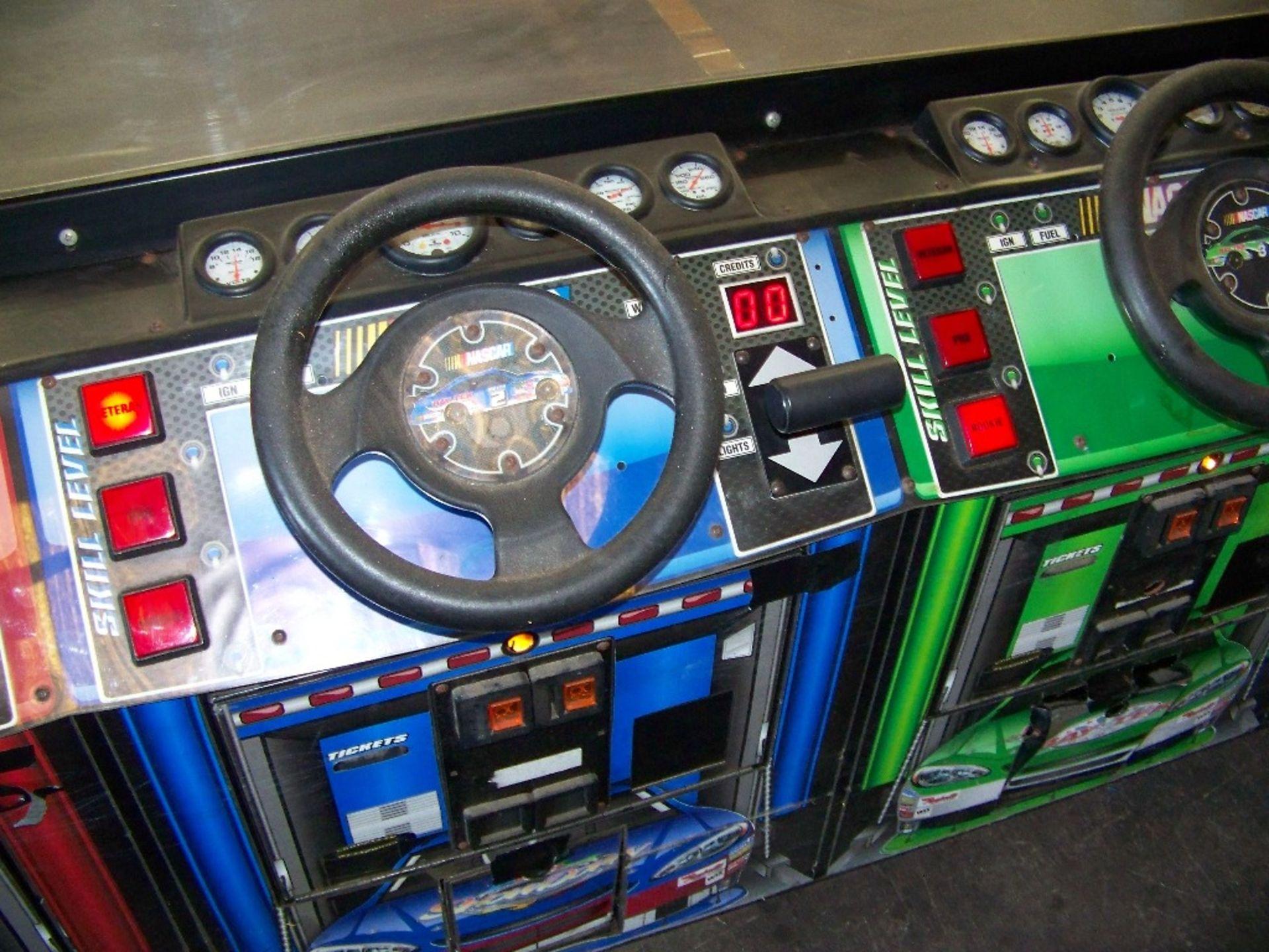 SHOWDOWN 4 PLAYER TICKET REDEMPTION GAME BAYTEK - Image 10 of 12