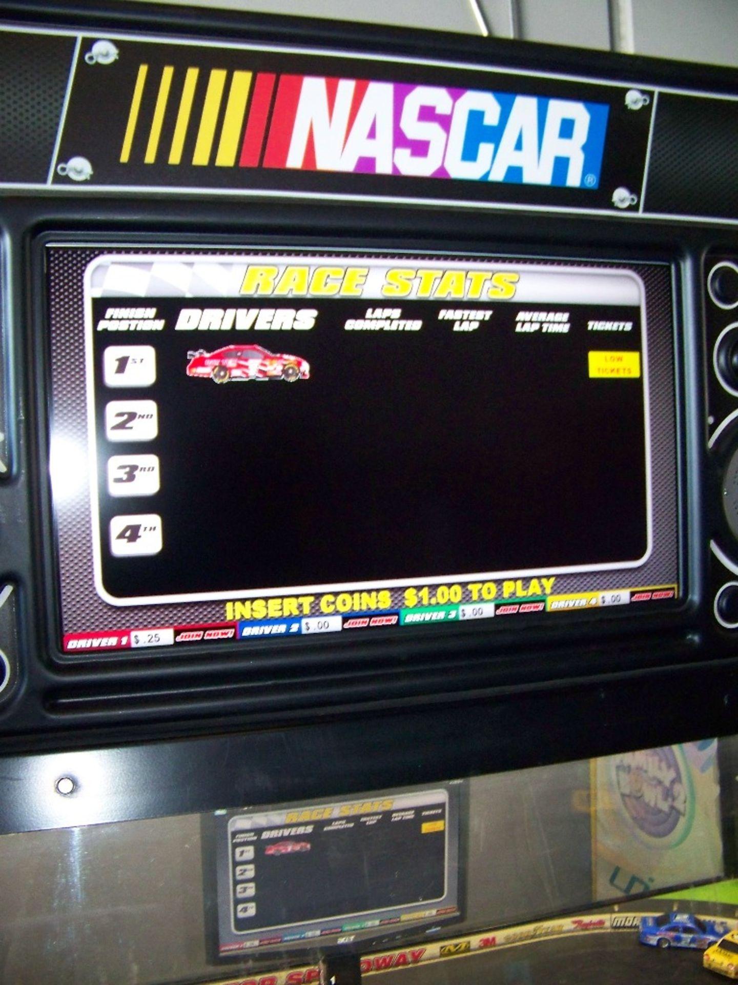 SHOWDOWN 4 PLAYER TICKET REDEMPTION GAME BAYTEK - Image 8 of 12