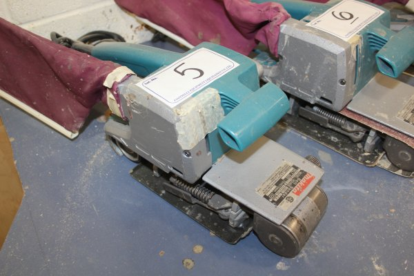 Lot 5 - MAKITA BELT SANDER