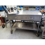 STAINLESS STEEL CART ON ROLLER, 4' , 2-drawer