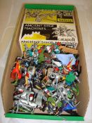 A tray of mixed boxed and unboxed plastic soldiers mostly by Britains to include two Siege