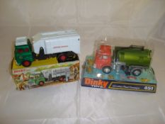 A pair of boxed Dinky vehicles to include a Refuse Wagon (978) and a Johnston Road Sweeper.(451)
