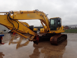 Hawk Plant Auction Including Komatsu 22 tonne excavator & 12 JCB Telescopic Handlers