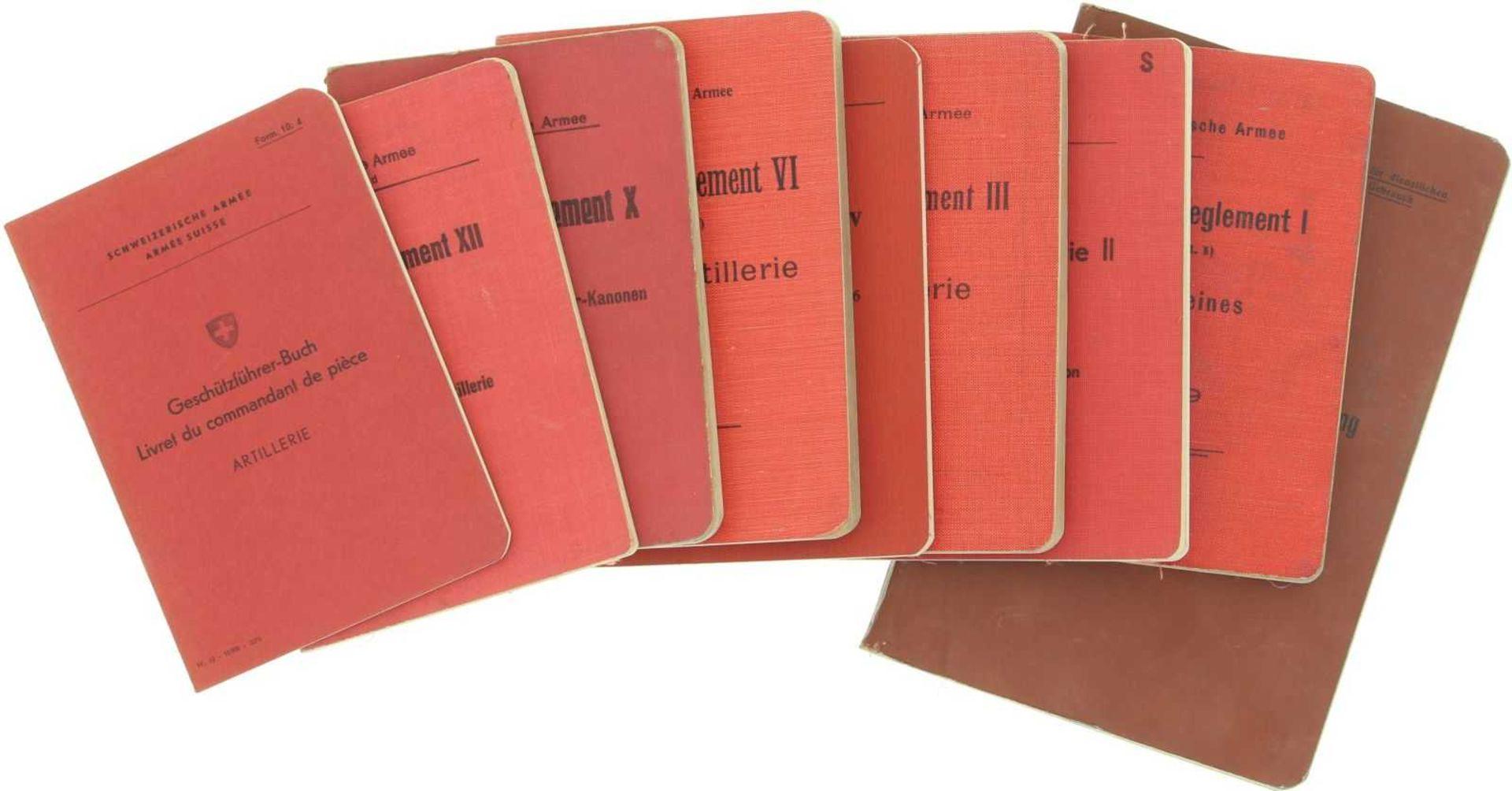 Konvolut von 9 Artillerie-Reglementen 1. Artillerie und ihre Verwendung in der Feldarmee 1918. 2.