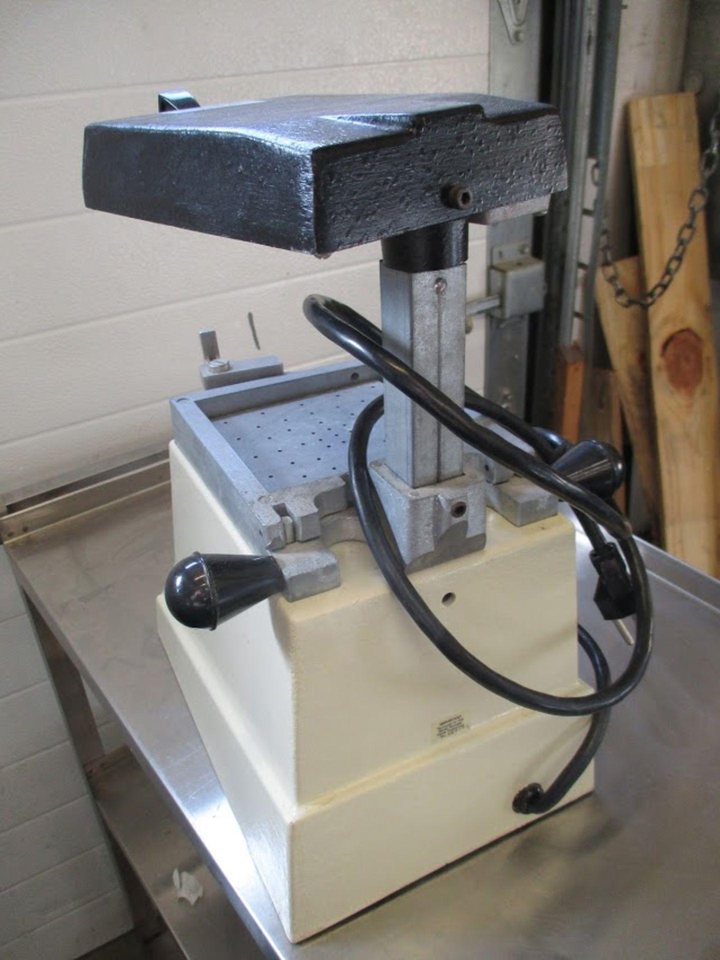 Buffalo Econo-Vac Vacuum former. 115V - Image 3 of 4