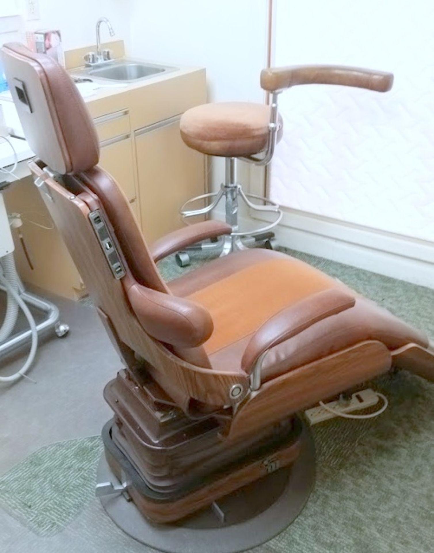 Adjustable Dental Chair - Image 2 of 5