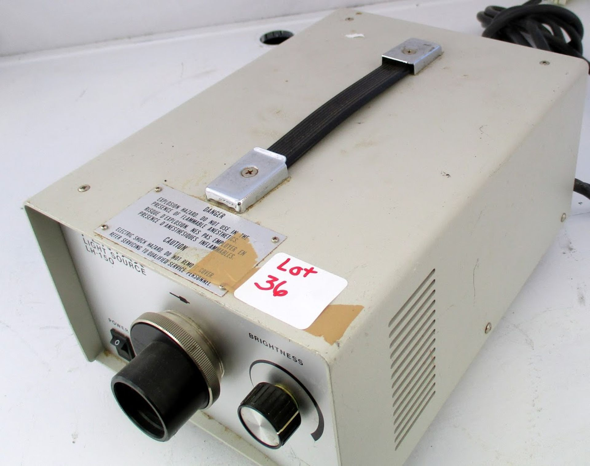 Pentax Light Source Model LH-150 120V