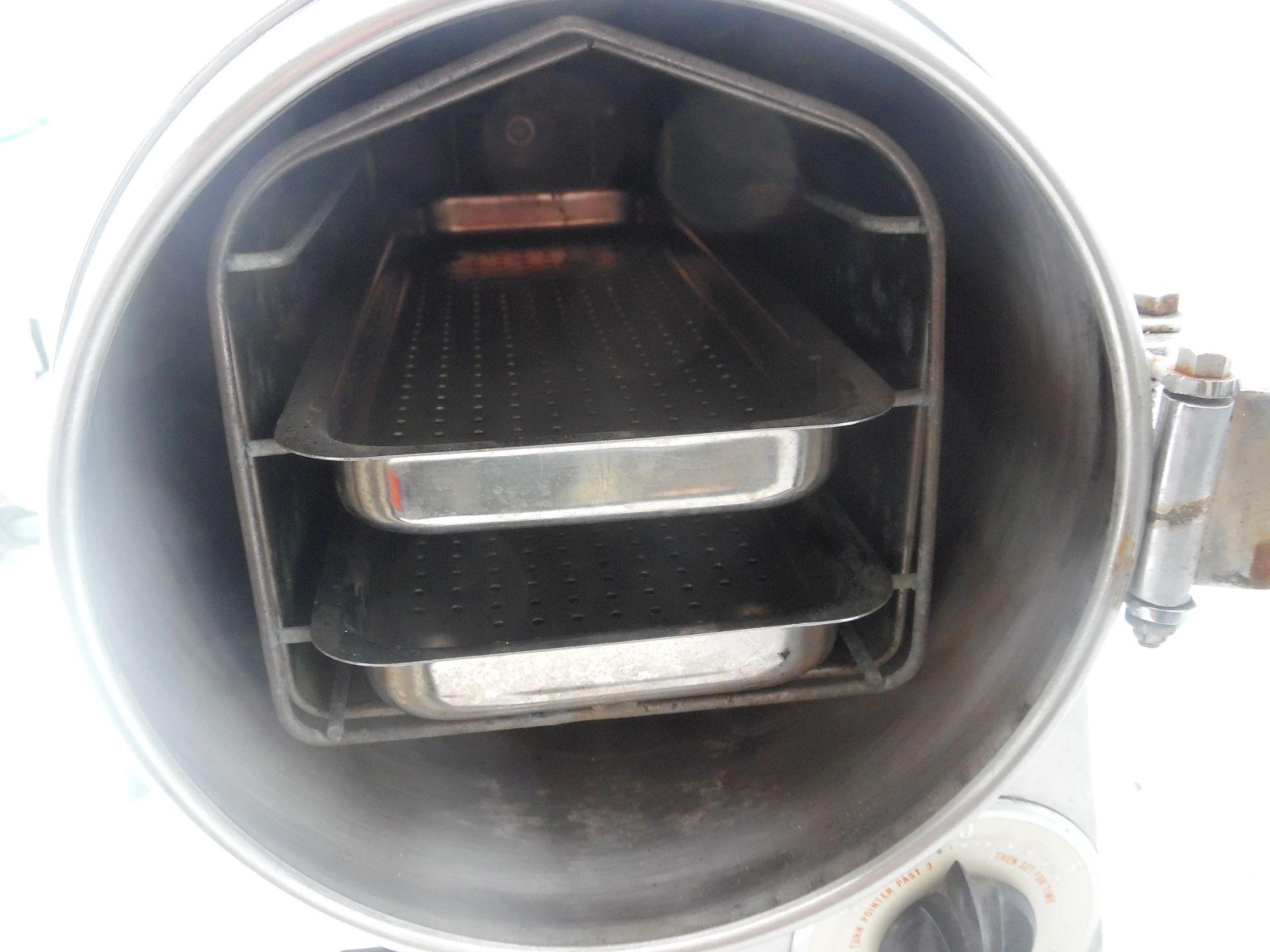 Castle Model 777 Autoclave Sterilizer.110V 10 amps. - Image 4 of 4