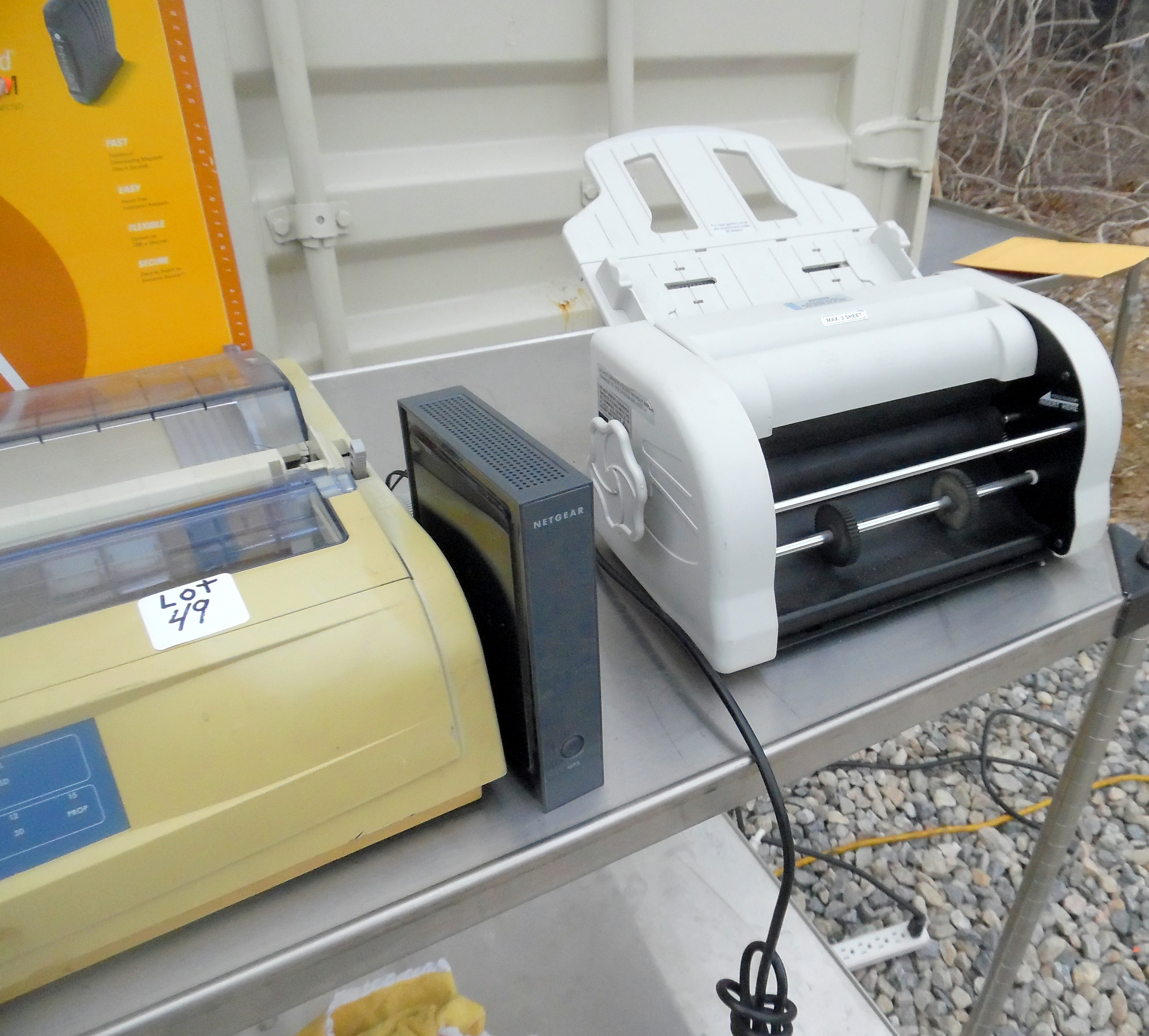 Lot 49 - Lot of office electronics consisting of Dahle 10560 paper folder,