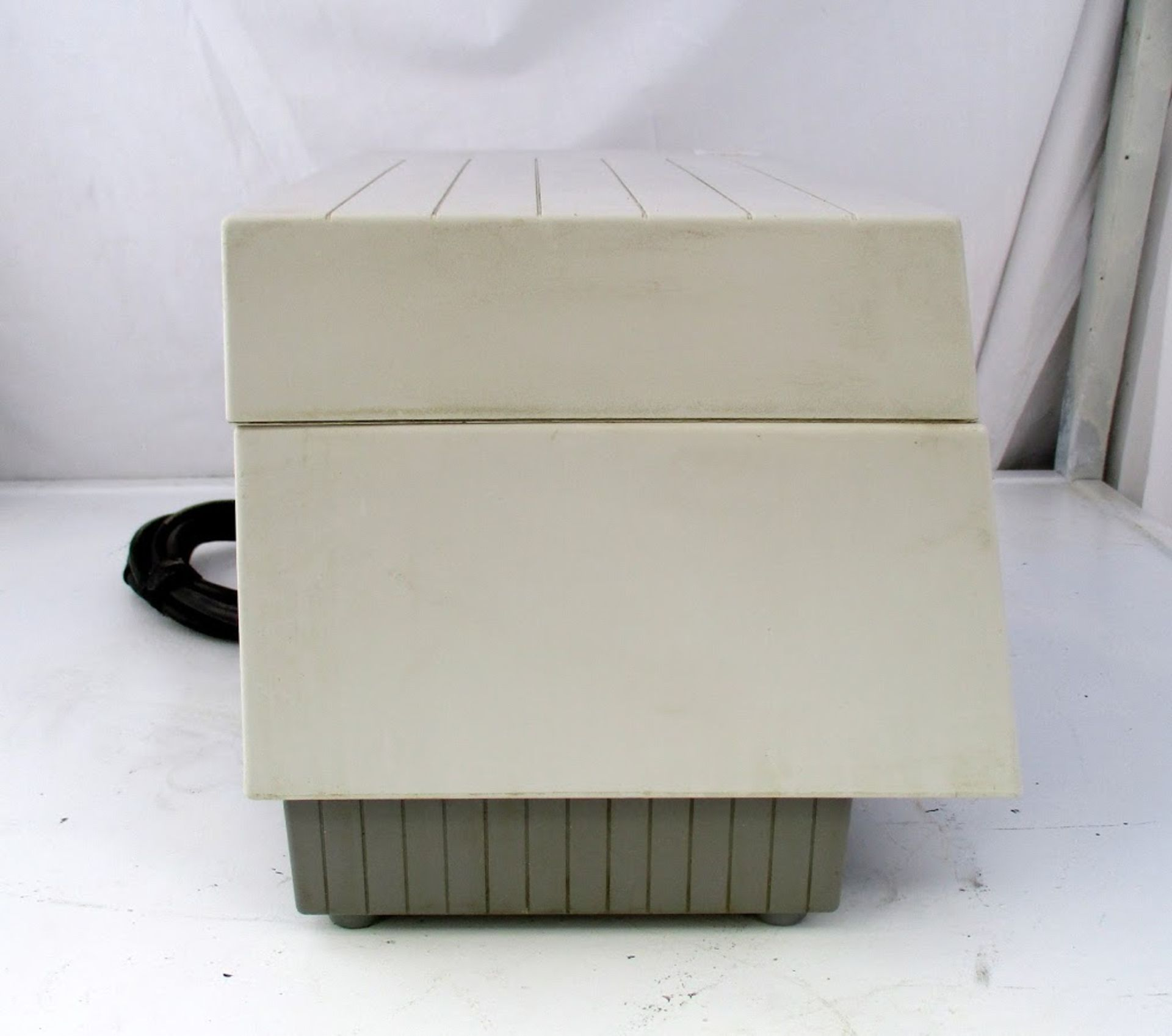 Whaledent Biosonic Ultrasonic Cleaner - Image 2 of 4