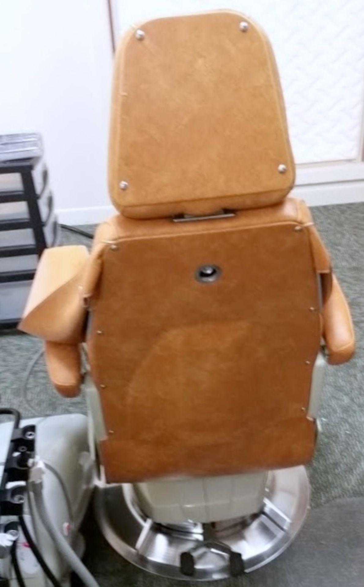 Belmont Model 019 adjustable Dental Chair - Image 5 of 5