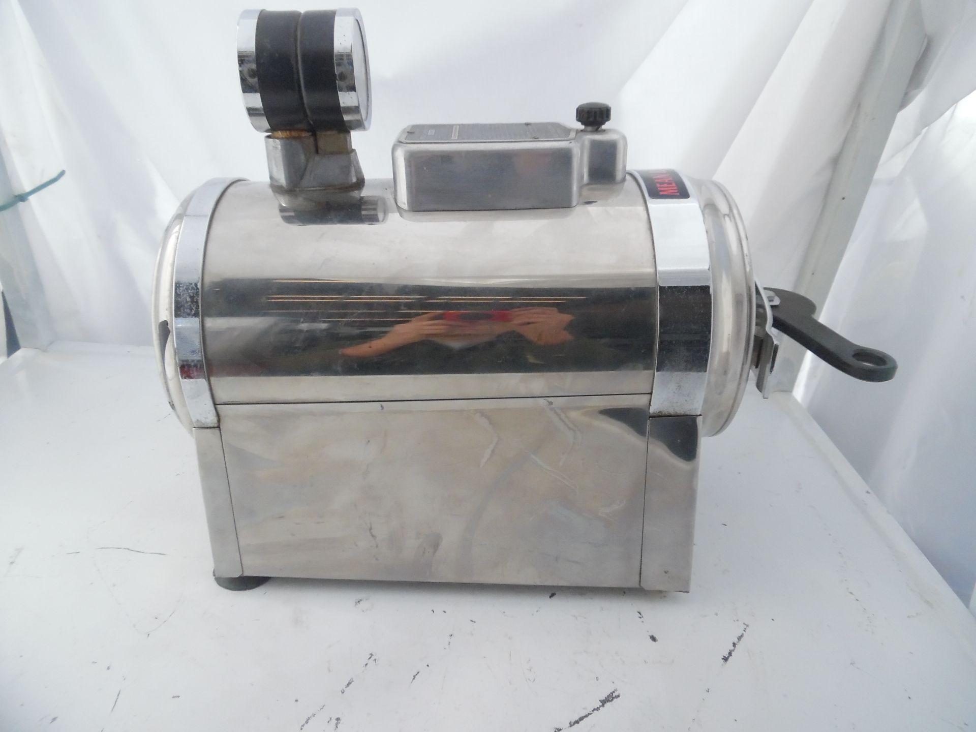 Castle Model 777 Autoclave Sterilizer.110V 10 amps. - Image 2 of 4