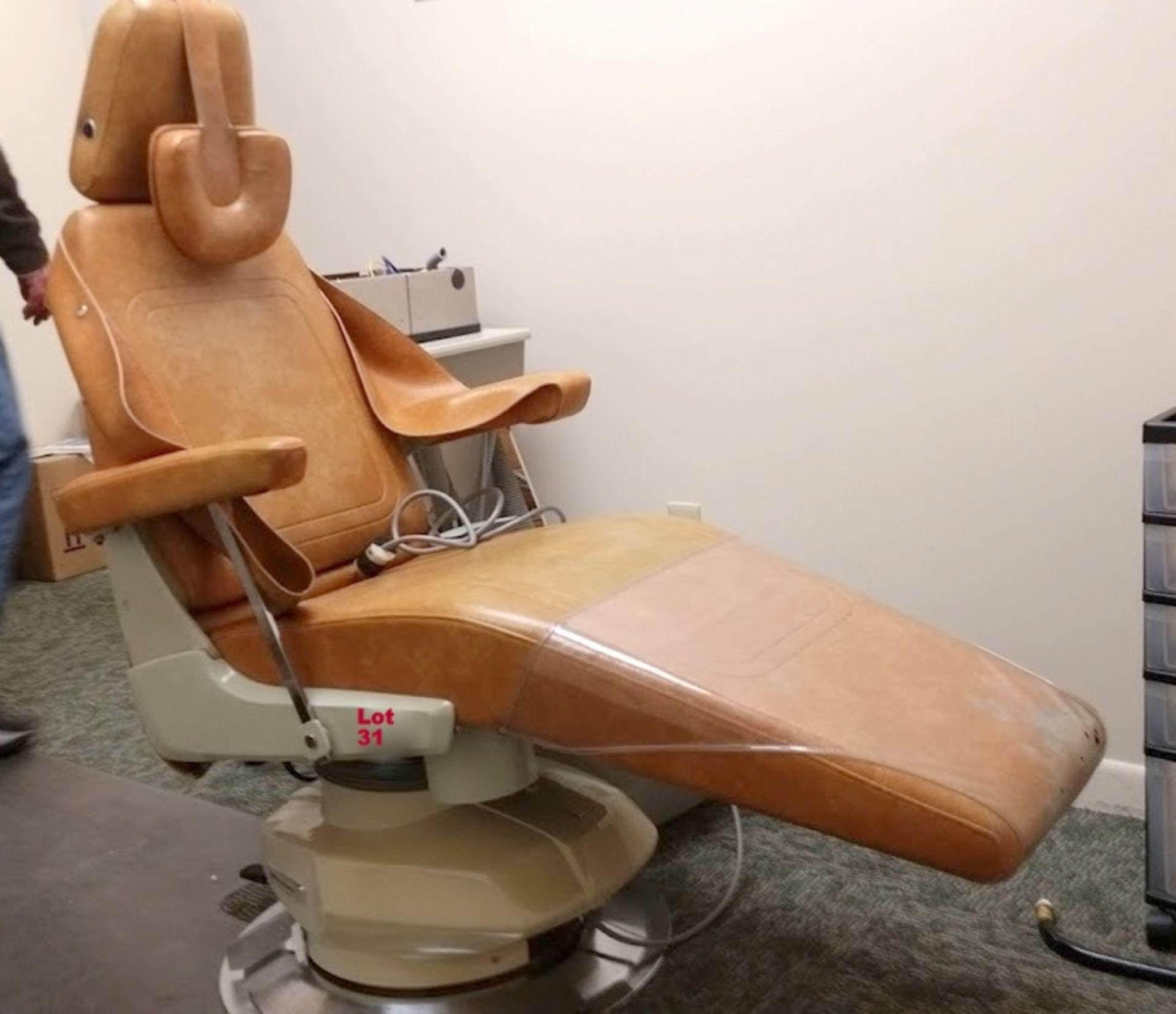 Belmont Model 019 adjustable Dental Chair - Image 3 of 5