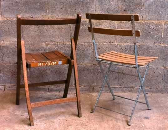 Two Folding Chairs - one old one new - Image 3 of 4