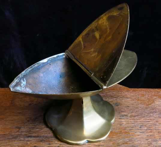 Victorian Brass Incense Boat - Image 2 of 8
