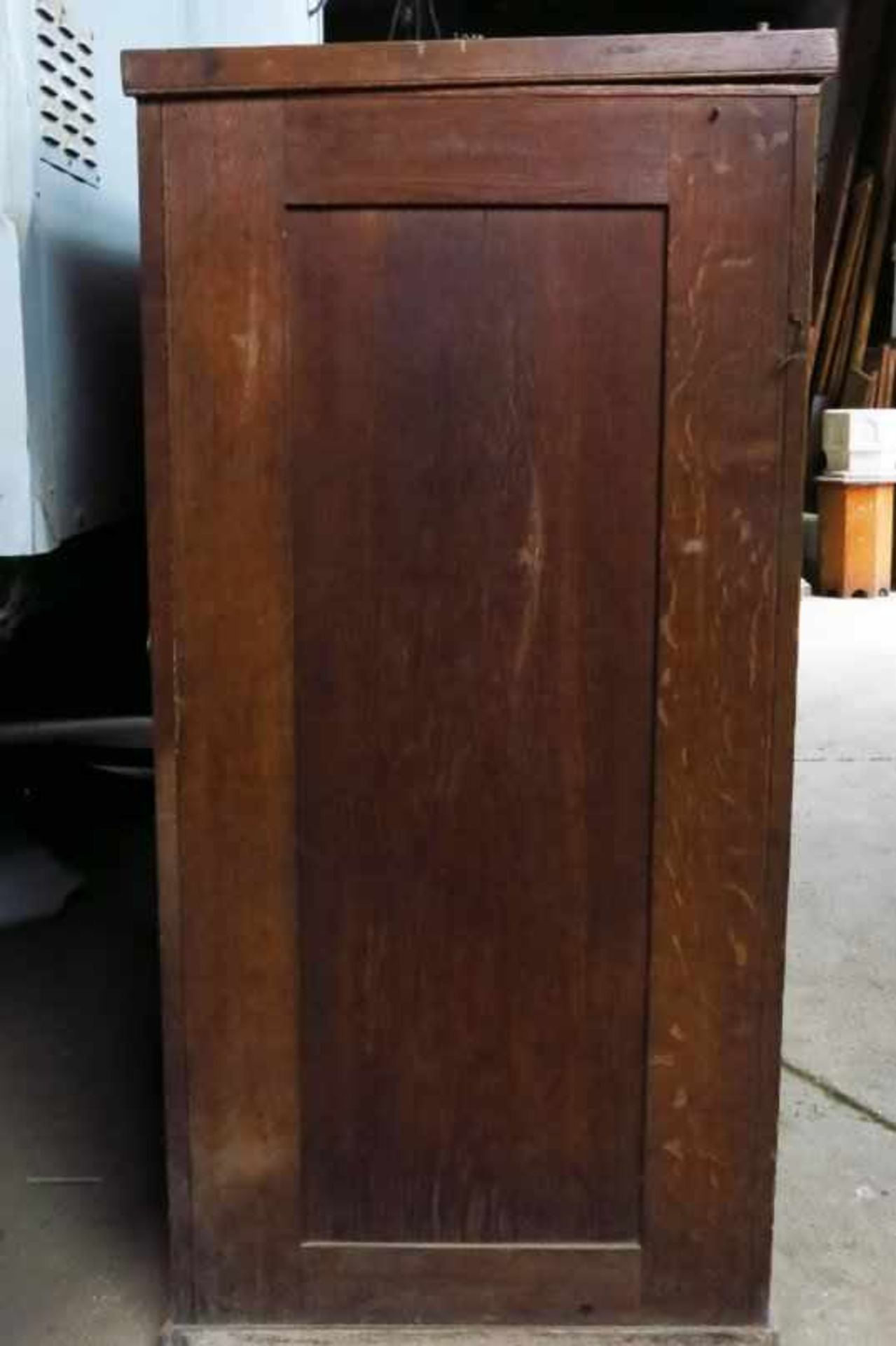 Extremely Large Oak Altar Vestment Chest - Image 7 of 10