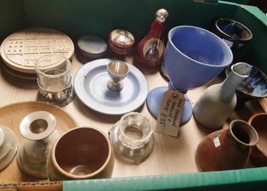 Collection of Ceramic and China Religious Ware - Image 4 of 4
