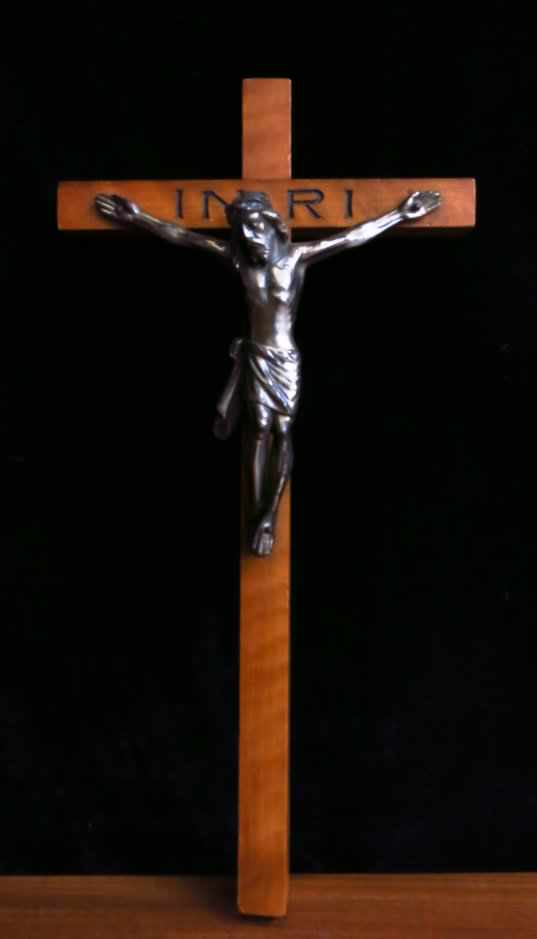 Silver Coloured Metal Crucifix with inscribed INRI - Image 4 of 4