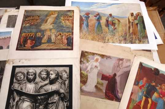 Folio of Bible Posters and Art Prints - Image 8 of 8