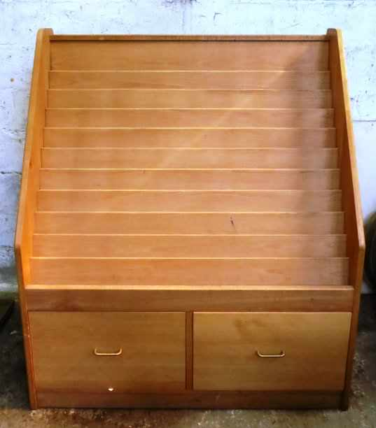 Large Pale Oak Coloured Display Case with Drawers - Image 3 of 4
