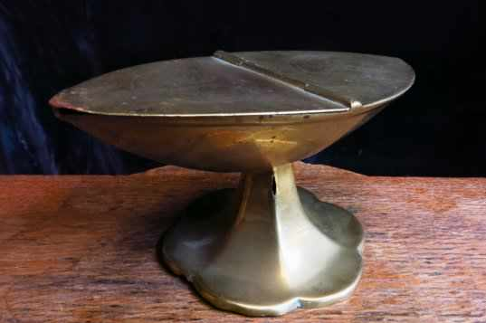 Victorian Brass Incense Boat - Image 4 of 8