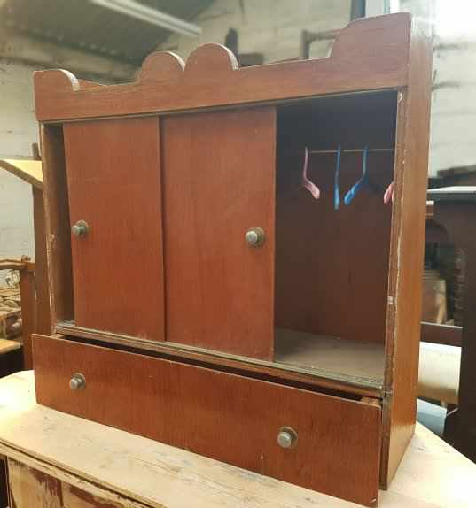 Miniature Wardrobe Cupboard for Dolls or Pets Clothing - Image 2 of 4