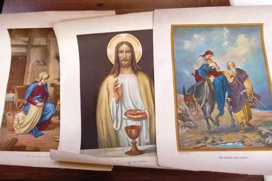 Folio of Religious Prints and Artwork - Image 4 of 14