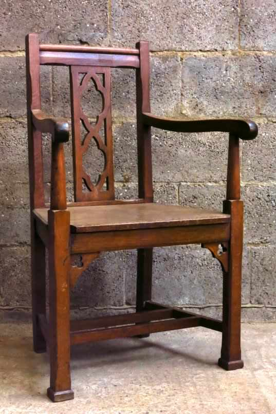 Solid Oak 1920s Clergy Chair with Quatrofoils - Image 2 of 4