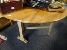 Mid 20th century twin drop leaf gateleg table