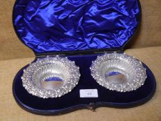 Pair of late Victorian silver sweetmeat dishes, Sheffield 1899, each gadroon scroll and leaf stamped