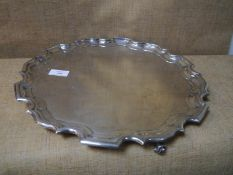 George V silver salver, Sheffield 1922, in the Georgian taste with scalloped stepped rim and