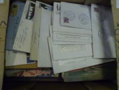 A mixed group of stamp albums and covers (22)