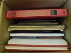 A box with world albums etc (16)