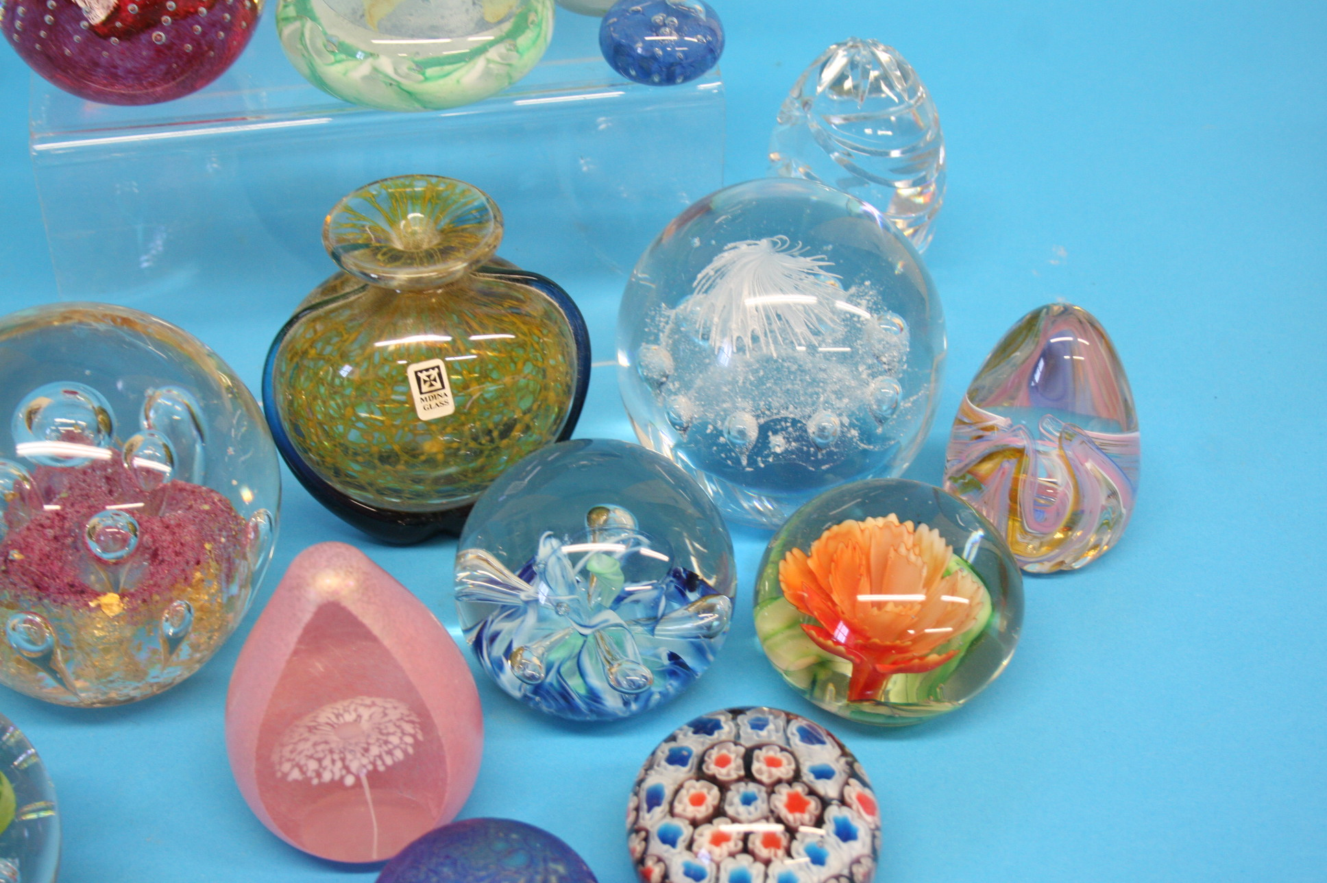 A box of Mdina glass and a collection of various p - Image 2 of 4