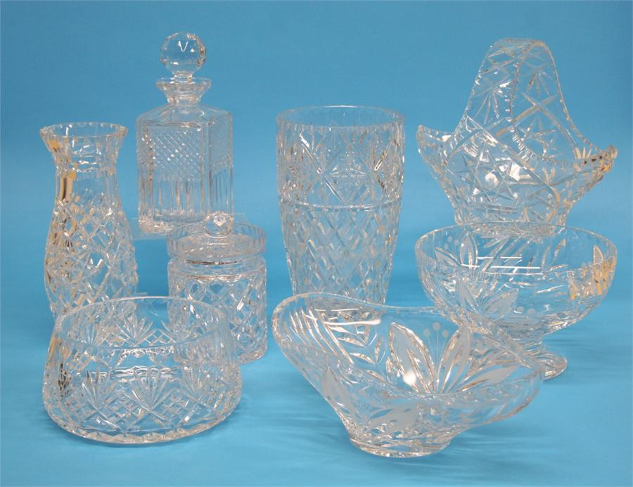 A collection of modern cut crystal glassware (8)