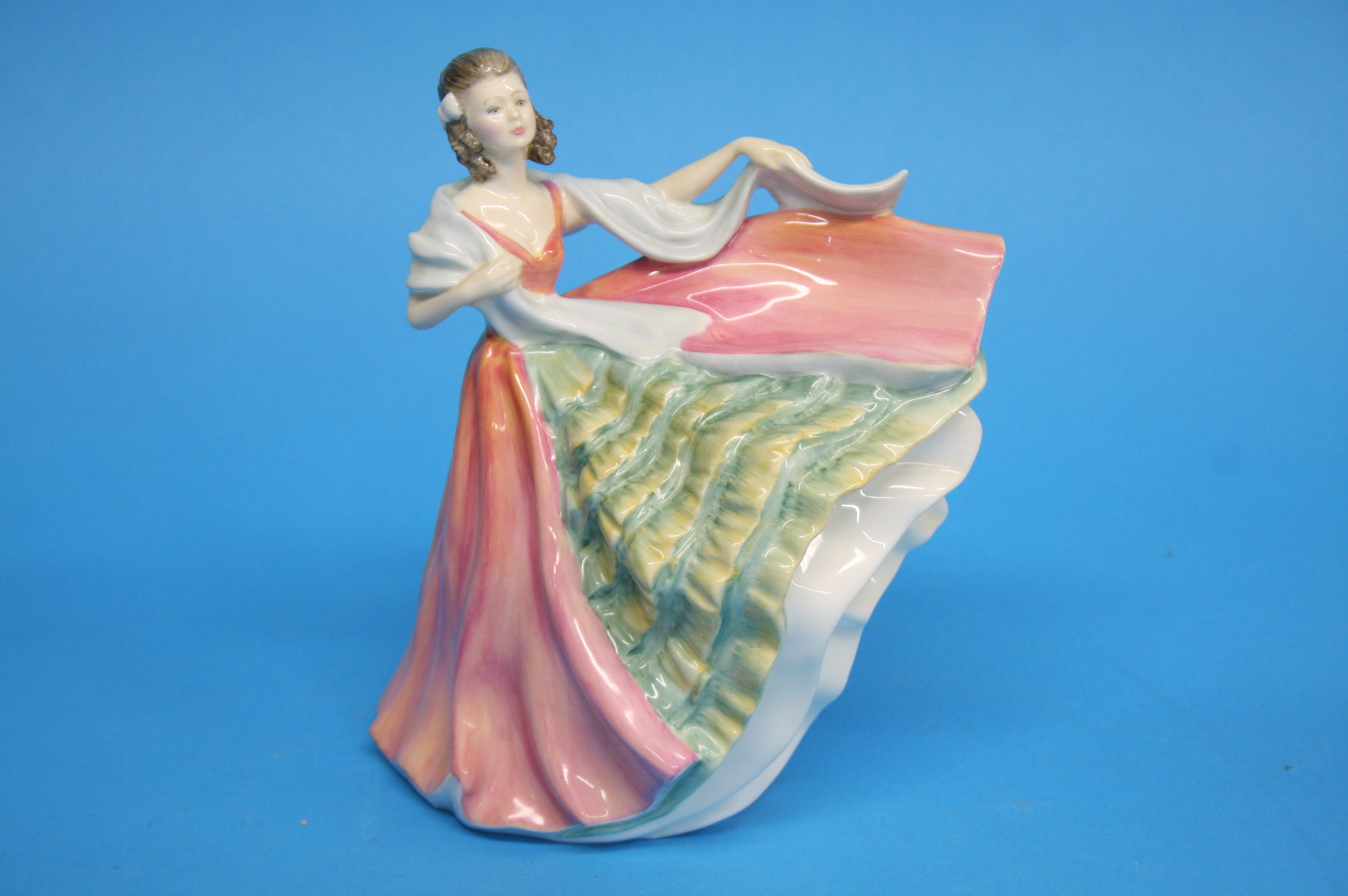 A Franklin Mint figure 'Snow White' and 'Cinderell - Image 4 of 4