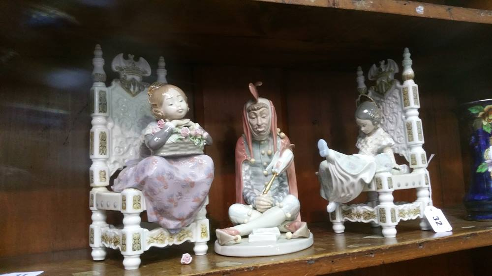 Lot 32 - Three Lladro figures