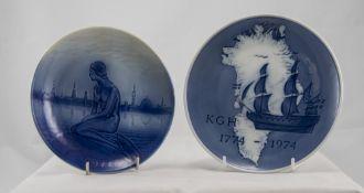 Royal Copenhagen Pair of Cabinet Plates,