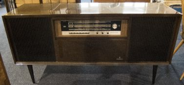 Grundig Radiogram With Integral Record Deck/Radio