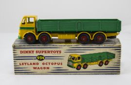Dinky Supertoys No.934 Leyland Octopus Wagon - yellow cab, mid green back and band around