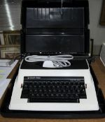 Silver Reed Electronic Typewriter with Case. As New Condition.
