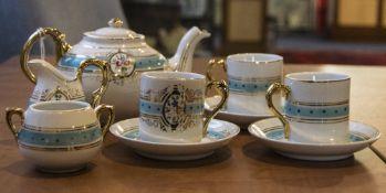 Child's Teaset comprising teapot, sugar
