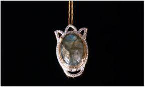 Labradorite Pendant With Chain, the labr